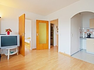 Cozy apartment in the center of Seelze with Parking, Internet