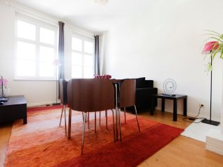Spacious apartment in the center of Brussels with Internet