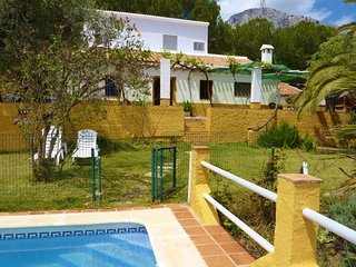 Country house in Alfarnatejo with Pool, Terrace, Garden (256855)