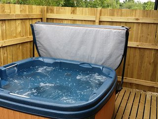 Harvest Plus 5 (Hot tub)