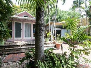 2519 Lincoln Avenue Villa ~ RA136435