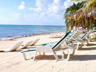 Tankah Inn. A real Bed & Breakfast on beach in Mexico's Riviera Maya.
