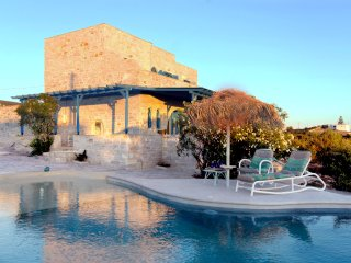 'Aegean Seashell' Villa with pool and sea view!