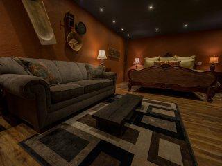 NEW! 'Blackberry Cottage' 1BR Waco Cottage w/Patio