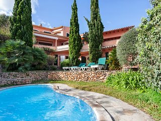 WONDERFULL VILLA IN THE HEART OF POLLENSA ON THE FAMOUS 'CALVARIO STEPS'
