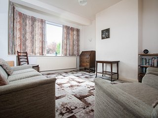 Comfortable 4 bed house slp 6 (63)