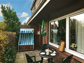 Flat with 2 seperate rooms in Sylt, Germany, with furnished patio