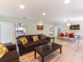 LAD63 - Spacious 3 Bedroom home in West Hollywood