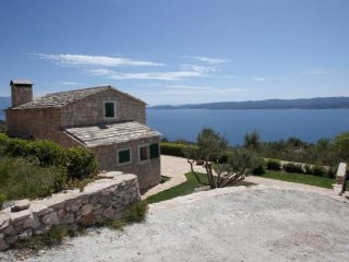 New Dalmatian Stone House with Private Pool and Beautiful Sea View
