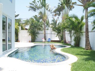 Private Pool, Jacuzzi, and Garden - 3 Bedrooms