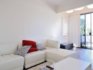 Fully furnished house in Hillcrest San Diego