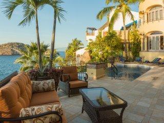 5 br Stunning ocean front Villa in Mismaloya