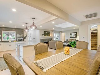 Freshly Remodeled-3bd/3ba (all Ensuite) with Pool and Hot Tub in Dwtn Napa