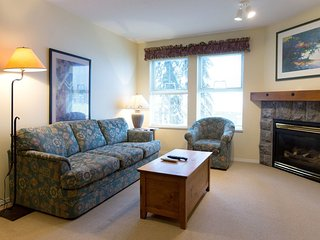 1 Bedroom Condo + Alcove (2 Baths) at Silver Creek Lodge, Silver Star