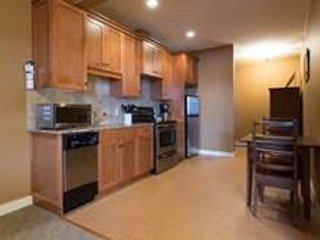 Bachelor Condo at Snowbird Lodge, Silver Star Mountain