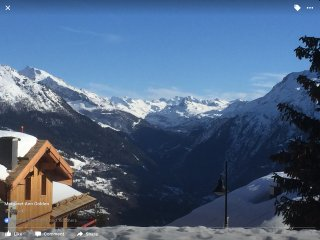 Luxury MGM 2 bed Holiday Apartment in La Rosiere 1850, ski-in, ski-out