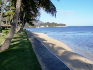 Beach Cottage, Romantic, Oahu North Shore Mokuleia