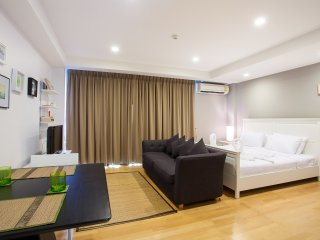 Studio Apartment with SofaBed_6A City & Mountain View - Rocco HuaHin Condominium