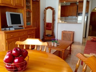 Lovely apartment with indoor pool and within 14 minutes walk to beach