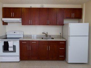 Waikiki Banyan Tower 2 Suite 2310 ~ RA136631