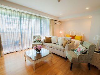 Studio Apartment with SofaBed_3M Near Pool - Rocco HuaHin Condominium