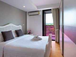 King-Studio Apartment_4B City & Mountain View - Rocco HuaHin Condominium