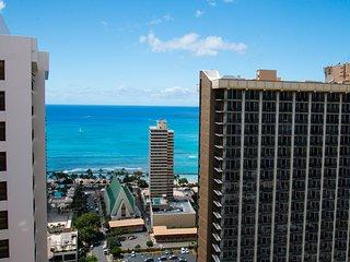 Waikiki Banyan Tower 2 Suite 3602 ~ RA136607