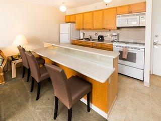 Waikiki Banyan Tower 2 Suite 1901 ~ RA136627