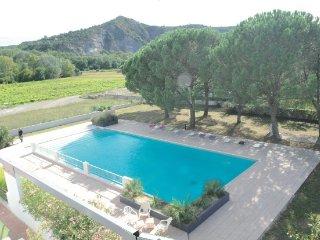 appartement de 100m2 climatisé dans résidence avec piscine