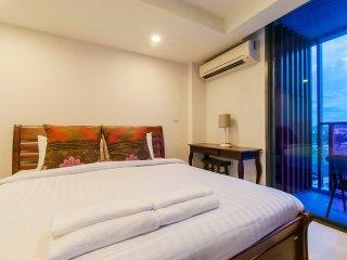 King-Studio Apartment_8B City & Mountain View - Rocco HuaHin Condominium