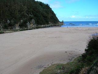 La Franca. 'Rio Cabra' 2 habitaciones. A 5 minutos a pie de la playa.