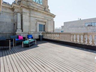Unique Rentals - Luxury penthouse with terrace Placa Catalunya II