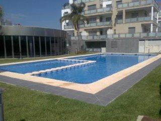 Amplio apartamento dúplex con piscina
