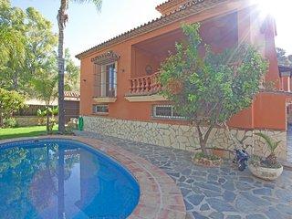 Three bedroom villa Nueva Andalucia