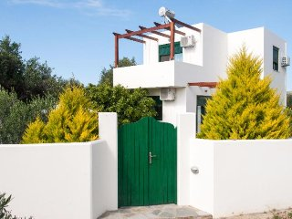 SUNNY  VILLA is  a  85sq .m  maisonette with 200sq.m  yard