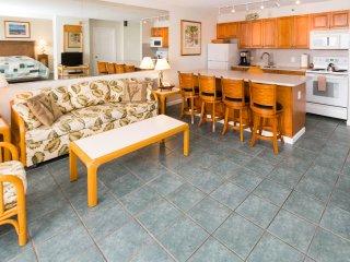 Waikiki Banyan Tower 1 Suite 3308 ~ RA136636