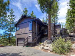 Lake View Home located on the Nevada side of South Shore