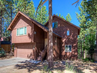 Gorgeous Home Just 10 minutes to Ski Resort ~ RA45243