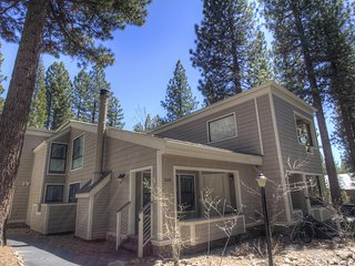 Great Forest Pines 3 Bedrooms Condo ~ RA738