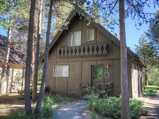 Adorable Home in A Quiet Private Neighborhood ~ RA44983