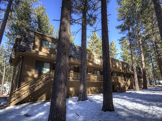 Fantastic Condo Only a Few Blocks From Heavenly Ski Resort ~ RA45155
