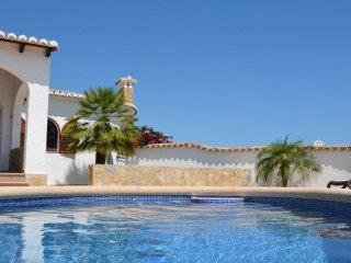 Villa Higuera - WLAN, Klima, onSuite, Pool-Bar