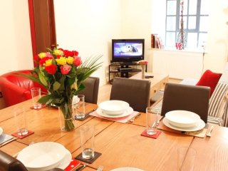 Huge Apartment in the Heart of Theatre District Covent Garden