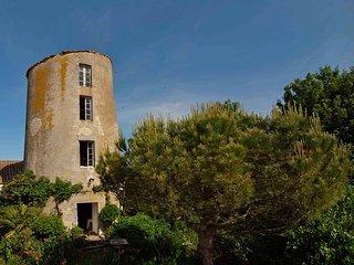 Le Moulin d'Esnandes, une chambre d'hotes atypique a 10 mn de La Rochelle.