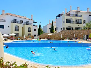 Fantastic Family Holiday Home, O Pomar Complex, Cabanas, Eastern Algarve
