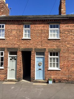 No. 10 Mill Road, Lincoln, Cathedral Quarter, Lincolnshire LN1 3JJ