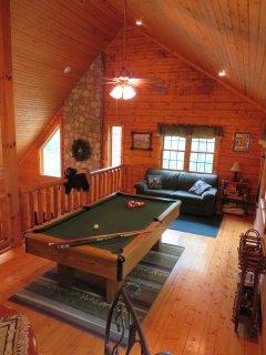 Adventurewood Log Cabin Loft