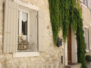 Charming cottage in the heart of Provence