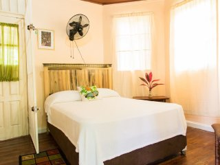 The Mahoe Room in Sinopia Inn
