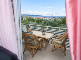Comfort house with beautiful view near Trogir and Split
